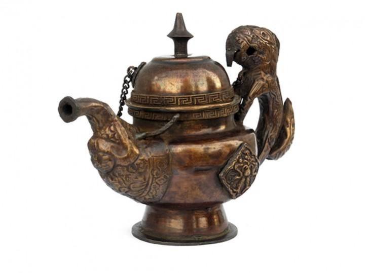 Kleines Teekännchen zur Dekoration